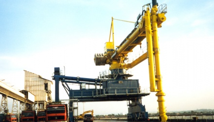 Yellow Siwertell Ship unloader for coal, Indonesia