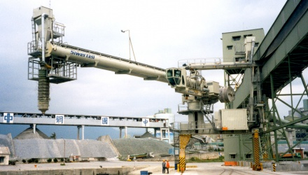 White Siwertell ship loader for cement, Taiwan